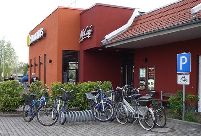 How many of our eateries offer a bike rack? [Photo: Flicker... click to see original]