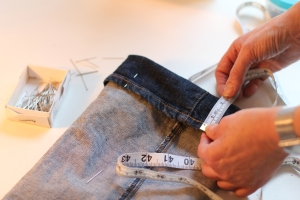 altering_jeans